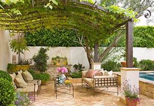 Vine Covered Pergola by Ideas For Outdoor Privacy