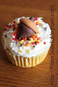 fall cupcake decorating ideas paper jewels and other crafty gems fall cupcake and