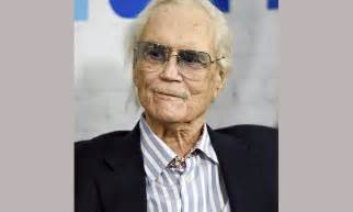 Lepaparazzi News Update Smith Has Died At The Rock Cnn Reporting by Roger Smith Of 77 Sunset Dies At Age 84