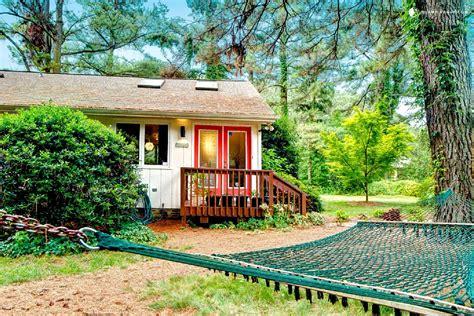 cottages to rent friendly pet friendly cottages cape cod