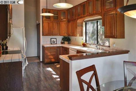 Updating Existing Kitchen Cabinets design around 9 keeping the golden oak