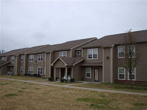 one bedroom apartments in pittsburg ks 310 s free king hwy pittsburg ks 66762 rentals pittsburg ks apartments com