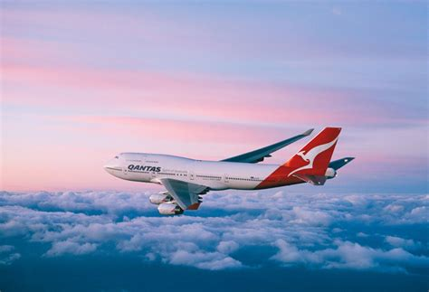 airbnb qantas qantas frequent flyers win with airbnb deals economy