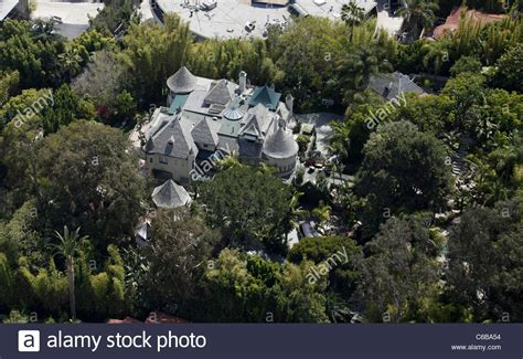 johnny depp house johnny depp house in hollywood www imgkid com the image kid has it