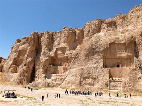 re persiani tombe re persiani foto di naqsh e rostam marvdasht