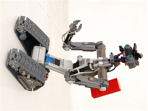 film robot johnny 5 johnny 5 robot from short circuit the brothers brick