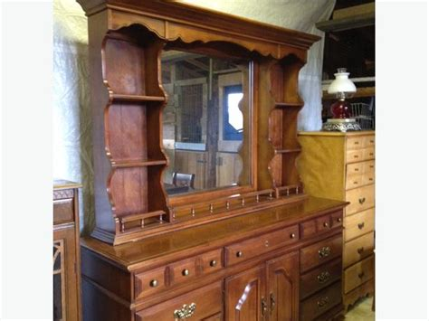 Dresser With Mirror Hutch by Pine Dresser And Hutch Mirror Outside Nanaimo Nanaimo