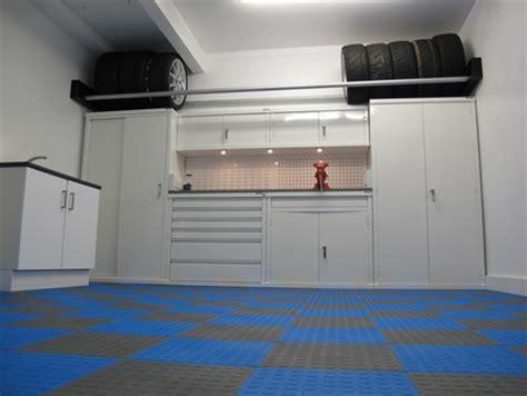 scaffali chiusi scaffali chiusi per garage pannelli decorativi plexiglass