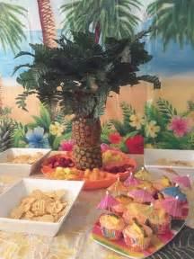 hawaiian themed decorations 25 best ideas about hawaiian birthday on luau