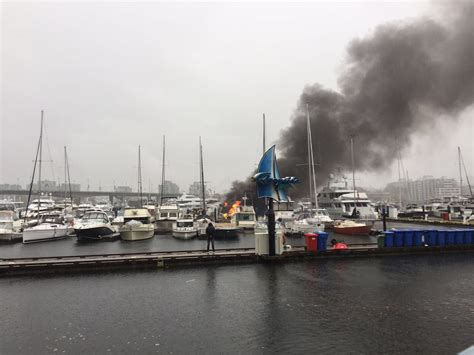 boat fuel tanks vancouver boats on fire at downtown vancouver marina daily hive