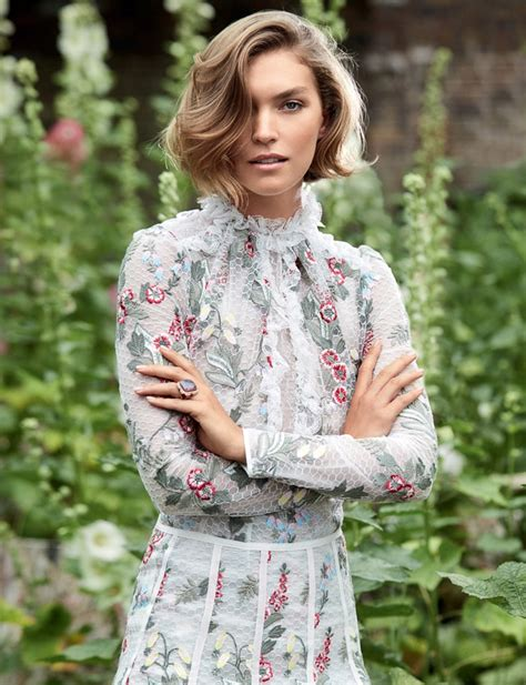 Fashion Hello arizona muse brings fall to hello fashion october