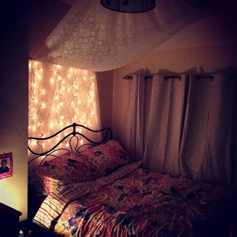 bedroom fairy lights fairy light bedroom wohnung pinterest