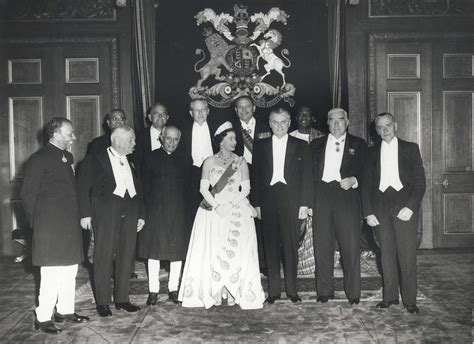 file queen elizabeth ii and the prime ministers of the