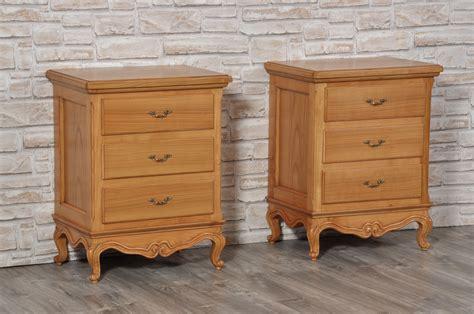 comodini classici comodini classici in legno comodini classici in legno