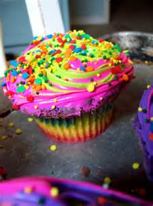 colorful cupcakes neon cupcakes awesome
