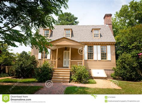 american colonial house american colonial home stock photos image 27415843