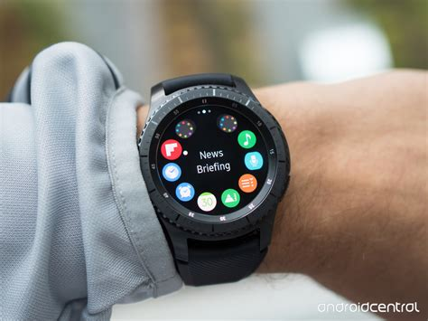 Samsung S3 Gear samsung gear s3 review all in on a more is more