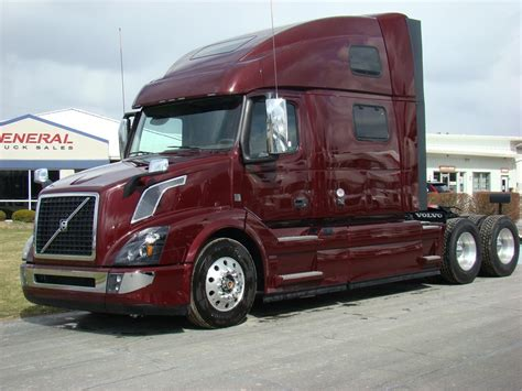 buy volvo semi truck indiana semi trucks for sale at trucker to trucker autos