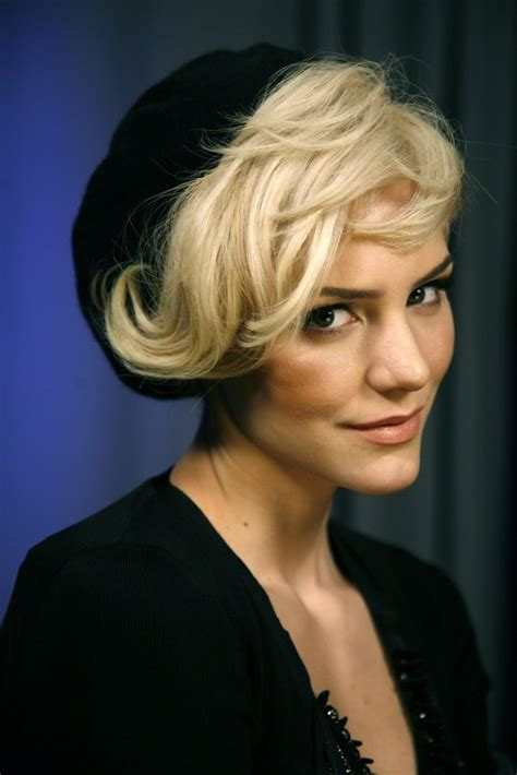 tousled hairstyles  short hair women hairstyles