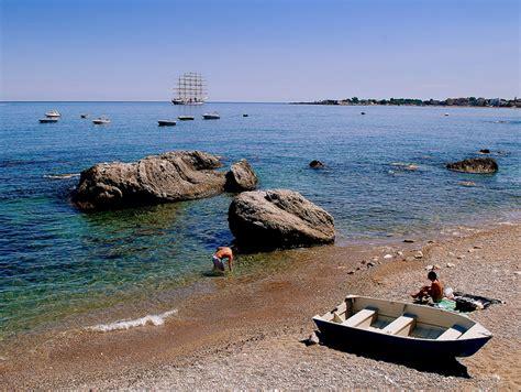 web giardini naxos giardini naxos sicily on web