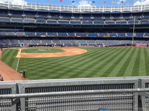 Section 205 Yankee Stadium by Yankee Stadium Section 206 New York Yankees Rateyourseats
