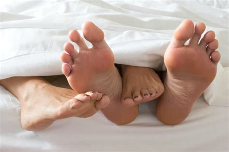 feet in bed little swimmers tips for trying to conceive