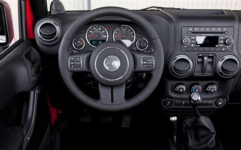 download car manuals 2012 jeep patriot interior lighting jeep wrangler questions i purchased a 2012 jeep wrangler sport there happens to be a red togg