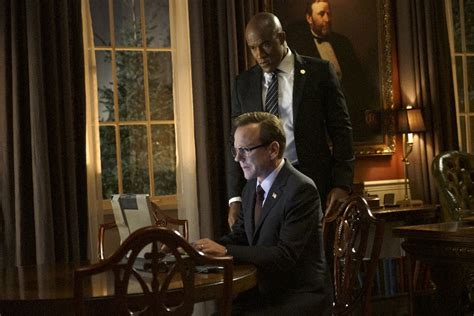 designated survivor budget tv review designated survivor 1x06 1x09 the young folks