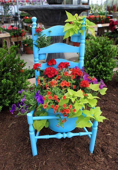 Recycled Garden by 40 Creative Diy Garden Containers And Planters From