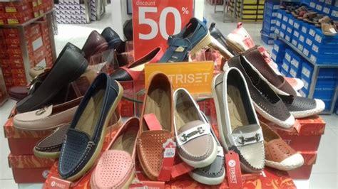 Toko Grosir Sepatu Yongki Komaladi sepatu merek triset ini diskon 50 di matahari department store grand mall tribunsolo