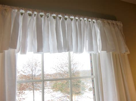 Simple Window Valance Colourful World Quot Love Amp Live Quot Easy No Sew Window Valance