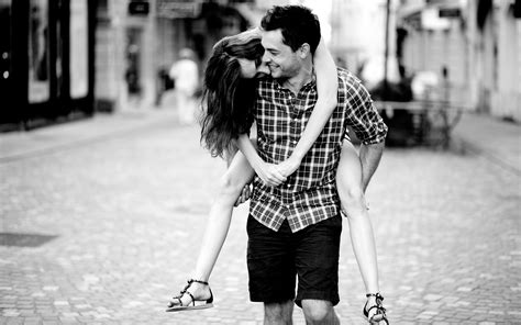 black and white couple wallpaper sweet black and white romance wallpaper of love couples