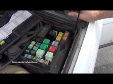 bmw  series  cigarette lighter fuse location