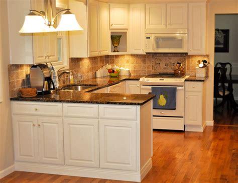 cuisines hygena cuisine modele cuisine hygena avec jaune couleur modele