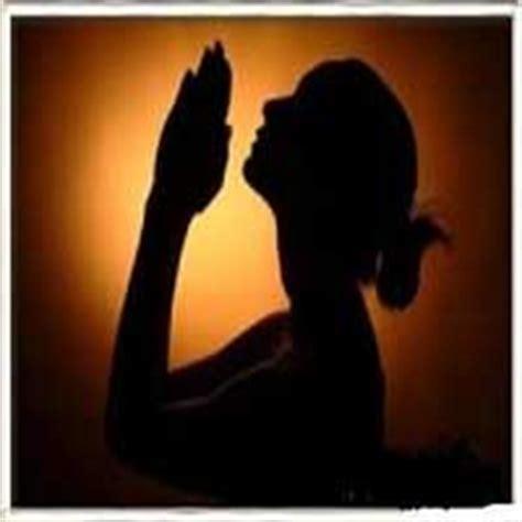 imagenes mujeres orando a dios cristiano no pidas algo pide todo devocionales cristianos
