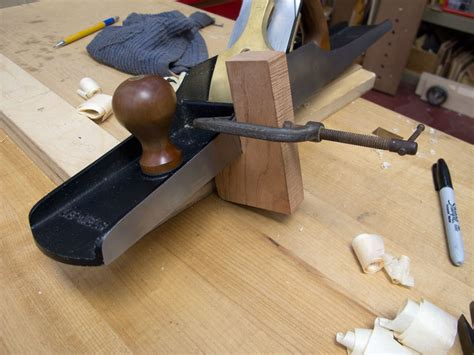 woodworking jigs an awesome edge jointing jig popular woodworking magazine