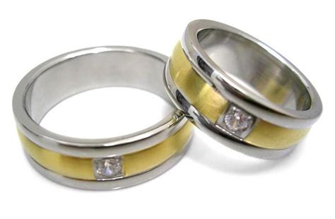 Cincin Penakan Mikro alasan cincin pernikahan dipakai di jari manis tips trik tutorial