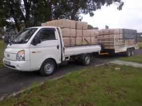 transport delivery orbit wood shavings