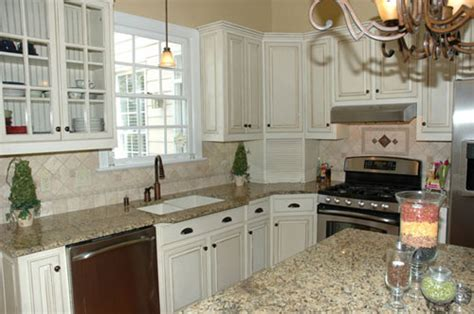 white glazed kitchen cabinets glazed white kitchen images