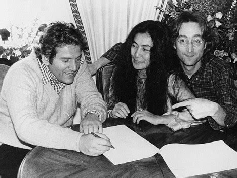 Yoko Ono Sues Emi Subsidiary For 10m by Allen Klein The Manager Fans Blamed For Beatles Up