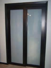 interior modern look of sliding closet doors for bedrooms