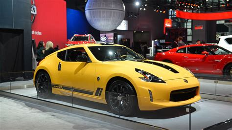 new nissan z 2018 2018 nissan 370z heritage edition is a modern 240 throwback