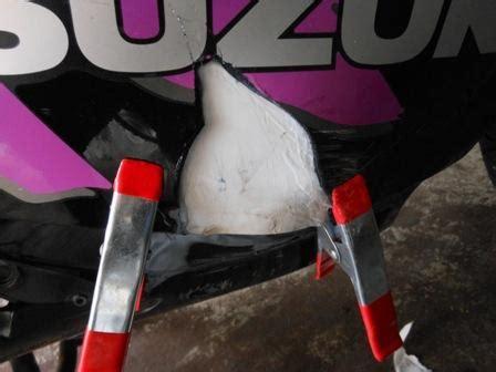 Motorrad Riss In Verkleidung Reparieren by Gsxf Forum Gsx600f Gsx650f Gsx750f Gsx1100f Gsx1250f