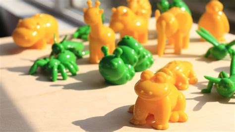 3d printed desk toys does desktop 3d printing pose threat to toy manufacturers