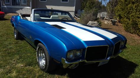 oldsmobile cutlass supreme convertible  sale