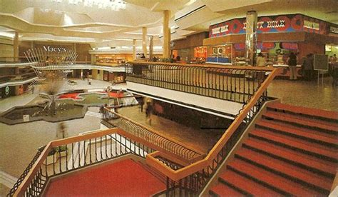 Barnes Noble San Jose Ca Malls Of America Vintage Photos Of Lost Shopping Malls