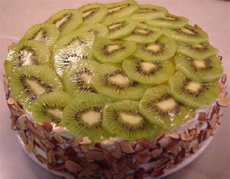 Small Kiwi Cake   Small Cakes
