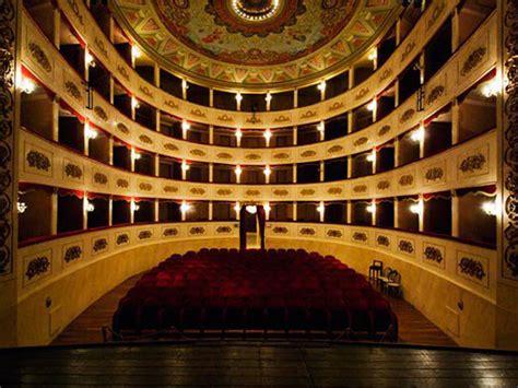 teatro persiani recanati 28 images recanati teatro