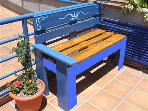bench painting ideas 39 outdoor pallet furniture ideas and diy projects for patio