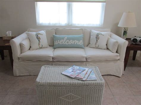 beachy sectional sofas beachy sofa living room awesome beach house design with